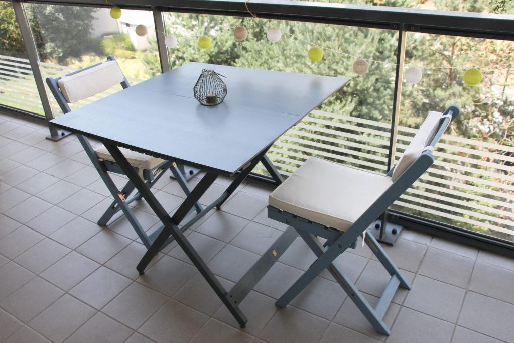 Décoratrice d'intérieur à Lyon - DIY Rénover sa table en bois de jardin - Après rénovation